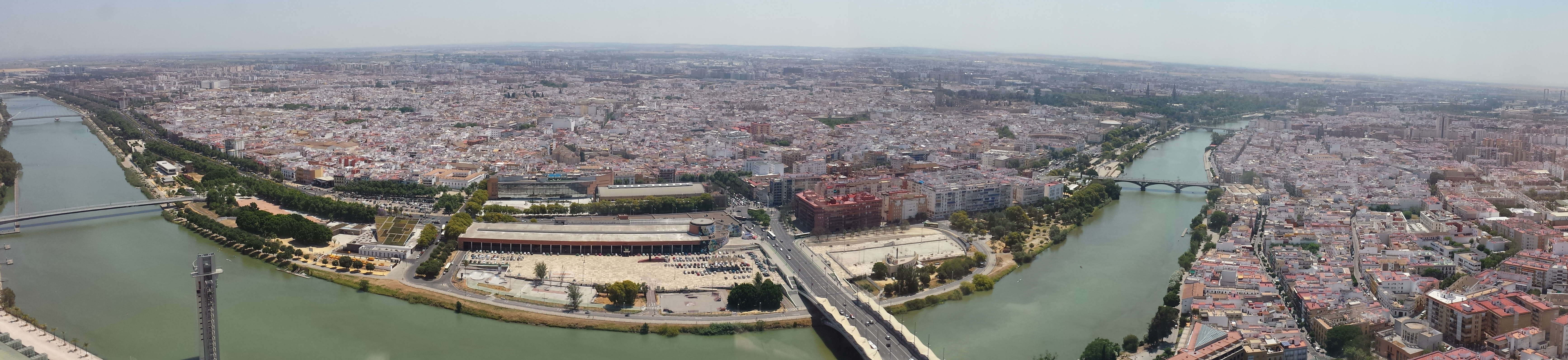Vista panorámica de  Sevilla desde Torre Pelli
