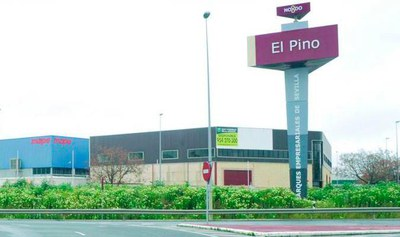 Entrada al Polígono Industrial El Pino donde se ejecutarán las obras